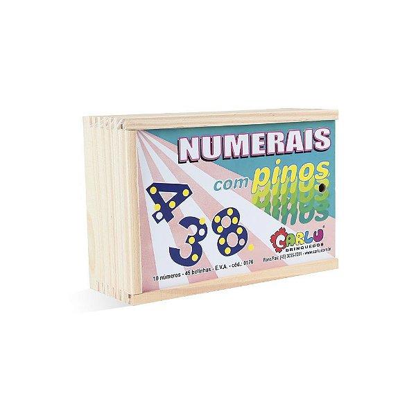 Numerais com pinos em EVA com 55 pecas - Cx. madeira.