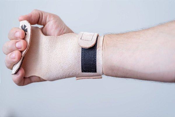 Hand Grip Amanda 20.1 Competição - Tamanho Único