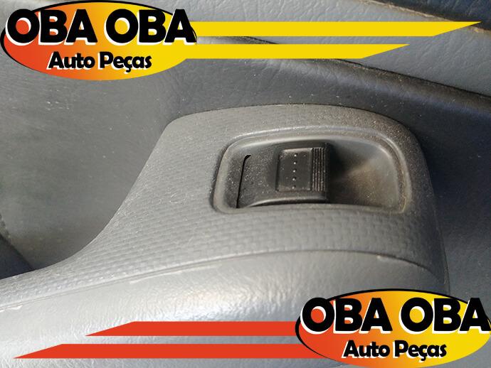 Botão de Vidro Traseiro Esquerdo Honda Civic LX 1.7 16v Gasolina 2004/2004