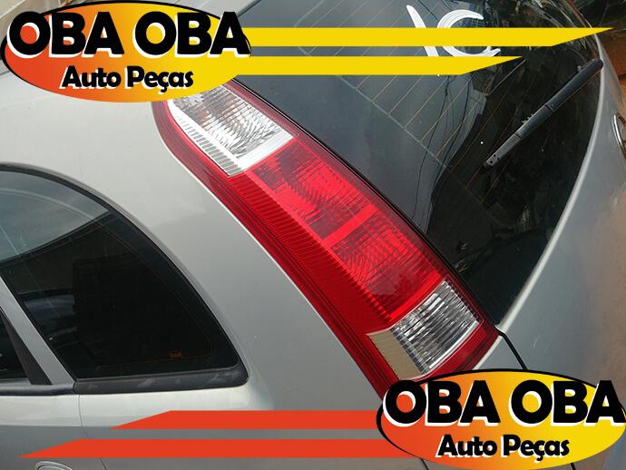 Botão de Vidro Dianteiro Esquerdo Toyota Corolla Gli 1.8 Flex Aut 2012/2013