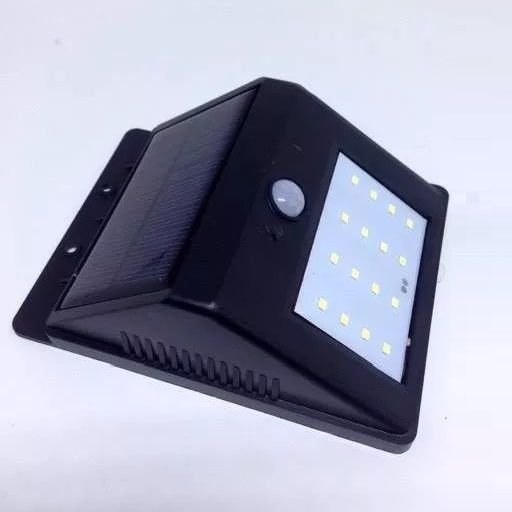 Luminária Externa Solar De 16 Leds Com Sensor De Presença E Movimento