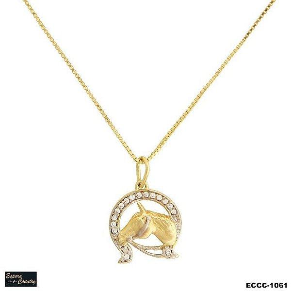 colar cabeça cavalo pedra banho 10 milésimos de ouro 18k