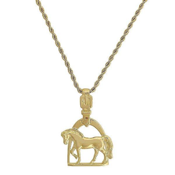 colar cavalo sobre estribo banho 10 milésimos de ouro 18k