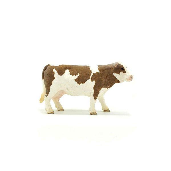 vaca holandesa marrom