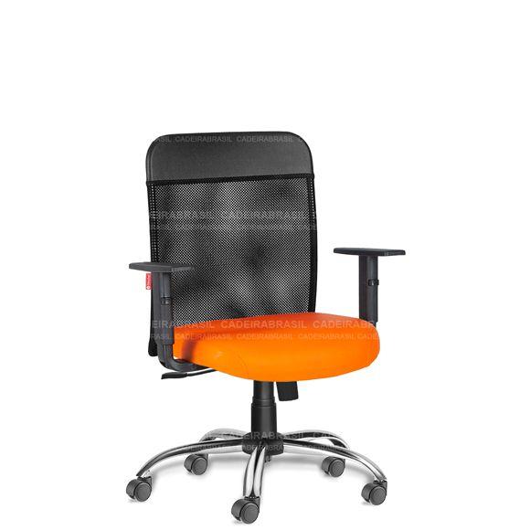 Cadeira Escritório Diretor Giratória Tela MNE55 Mensa Cromada