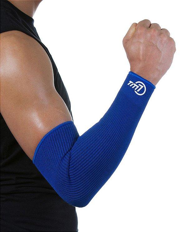 Protetor De Antebraço Longo Para Voleibol BRAC7 Azul no Punho