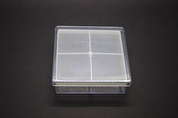 CAIXA GERBOX 11X11X3,5CM COM TELA PLASTICA