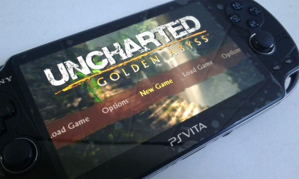 Console Portátil Sony Ps Vita Uncharted Golden Abyss