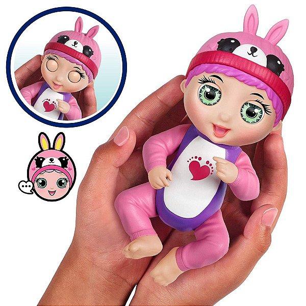 Boneca Interativa Tiny Toes Tess Cocegas