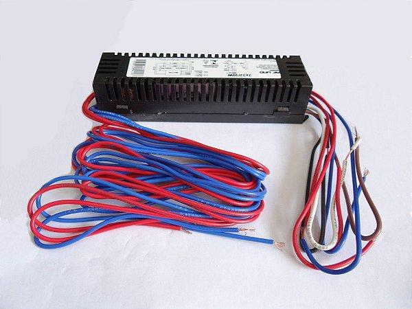 Reator duplo 2x32w/30w. para 2 lâmpadas UV-A de 30w.