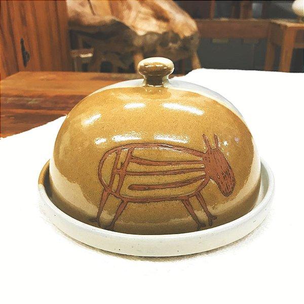 Queijeira cerâmica Serra da Capivara com desenhos rupestres