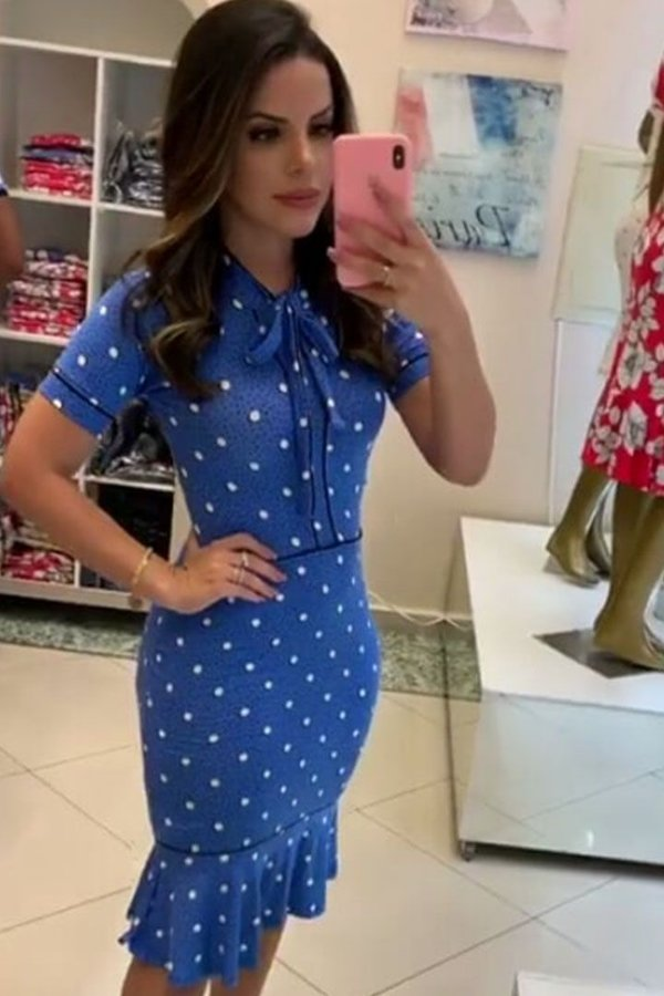 Vestido Moda Evangelica Detalhe de Gravatinha Azul Boutique K 4757