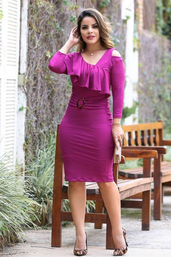Vestido em Malha Moda Evangelica com Babado e Fivela EX 3499