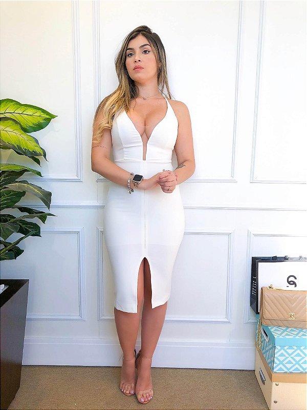 Vestido Midi Tubinho Branco Decotado com Alcinha