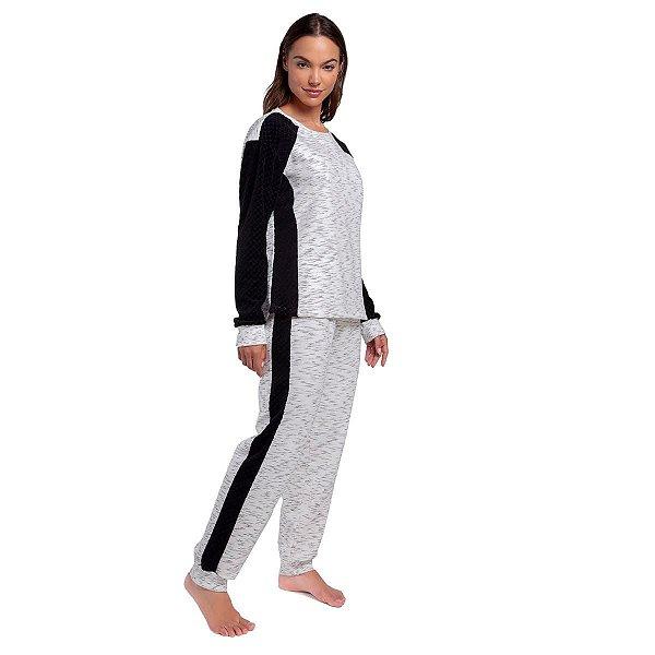 Pijama Feminino de Inverno com Plush Black Risk