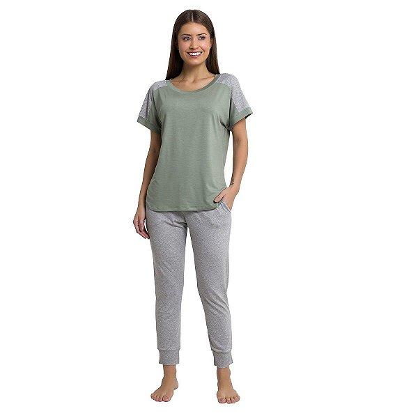 Pijama Feminino com Calça e Bolso Verde Arábia