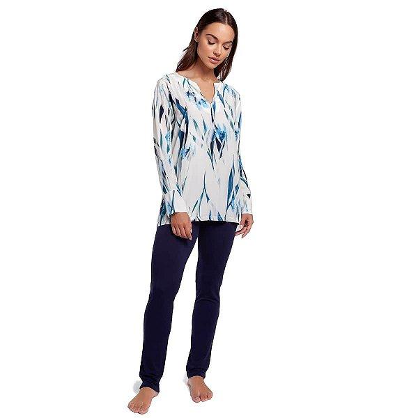 Pijama Feminino de Inverno Floral Aquarela