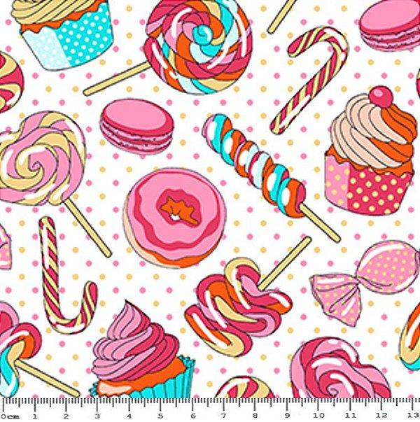 Tecido Tricoline Doces: Cupcake, Pirulito, Bolacha, Balas e Bombom (Fundo Creme) - Preço de 50 cm x 1,50 m