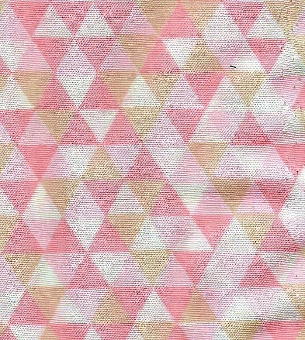 767b0af8e0 Tecido Tricoline Estampa Triângulos Coloridos - Rosa