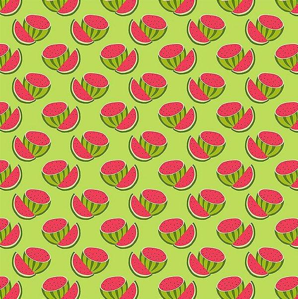 Tecido Tricoline Estampado Melancias Cortadas - Fundo Verde - Coleção Melan & Cia - Preço de 50cm x 150cm