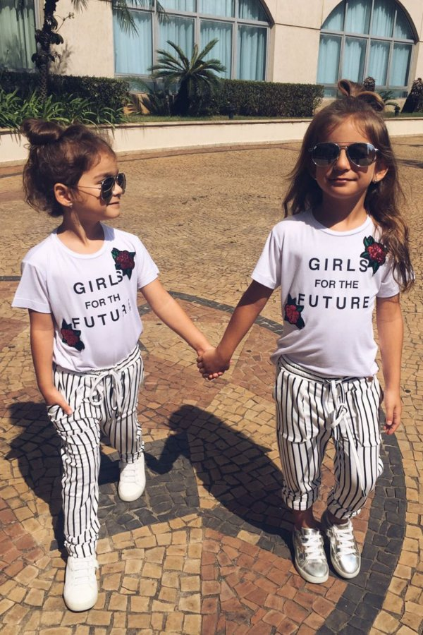 SALE   Blusa Blessinha Girls for the future