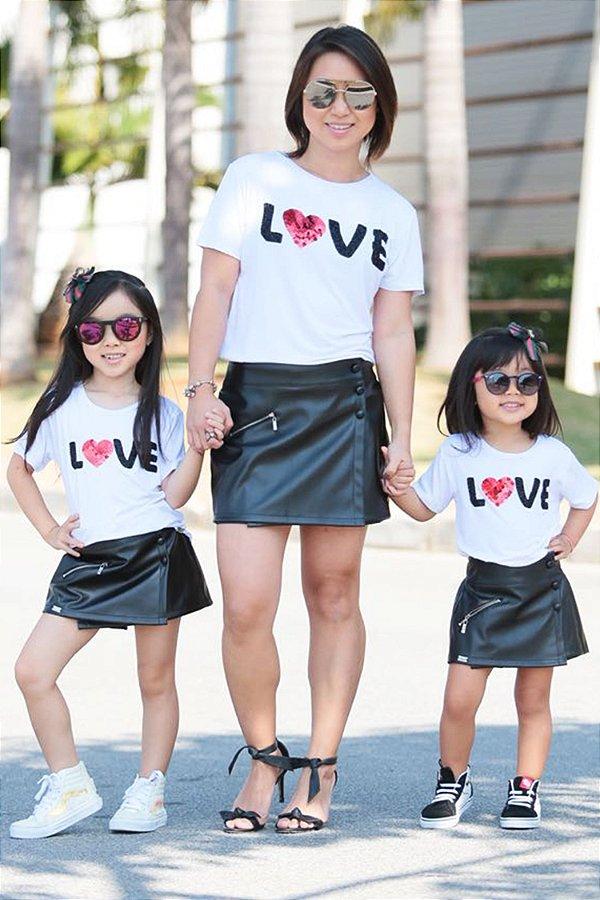 OUTLET   Blusa Bordada Love Coração Adulto