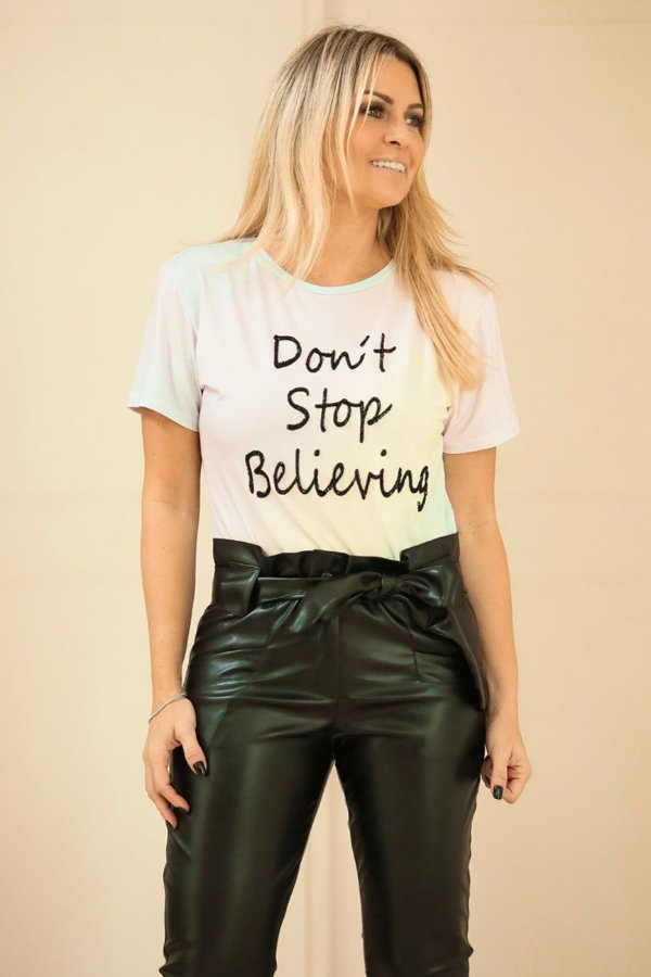 BLESSED UNICÓRNIO | Blusa Don't Stop Believing