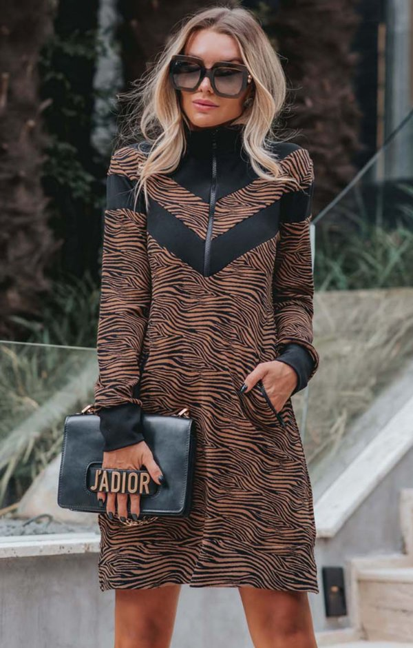 URBAN STYLE | Vestido Moletinho Zebra Brown