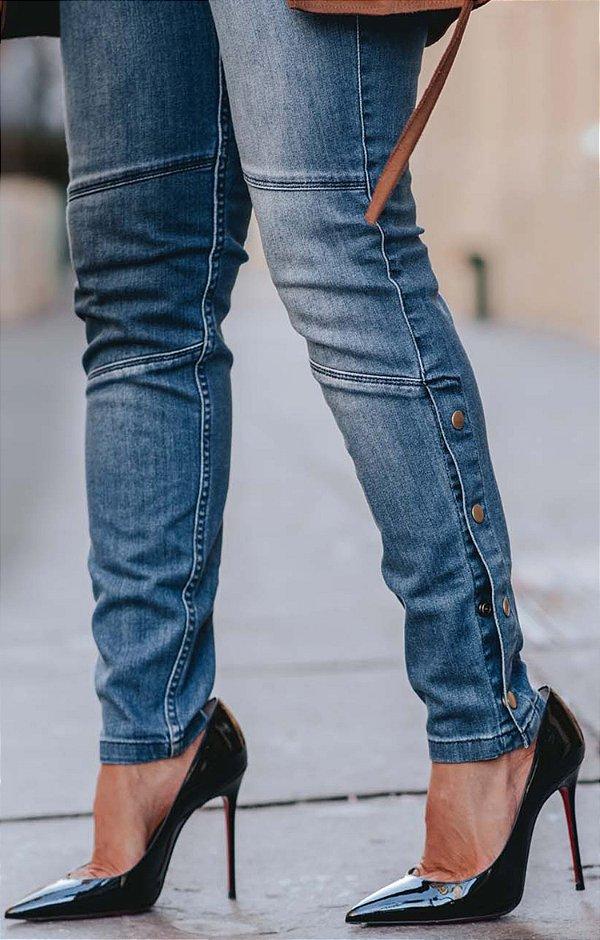 URBAN STYLE | Calça Jeans Detalhe Taxas