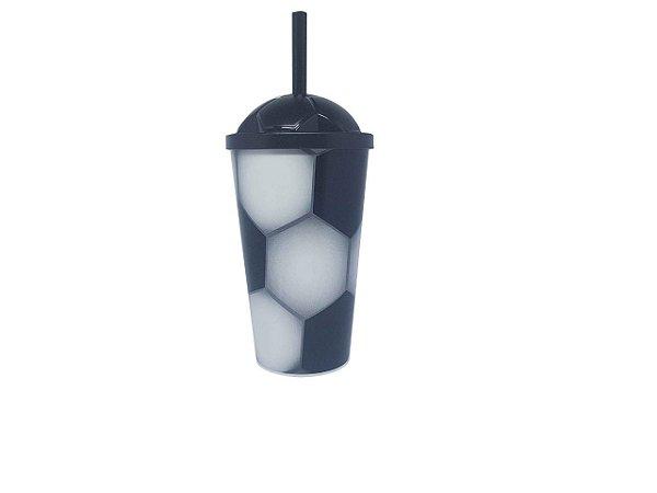 Copo Plástico com tampa e canudo Futebol - 550 ml