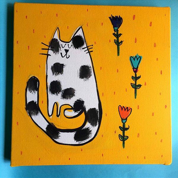 Gato Bolotas com florzinhas