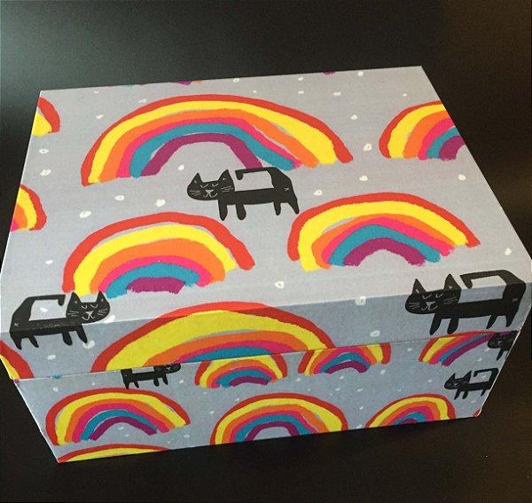 Caixa com dobradiça GAto e Arco íris