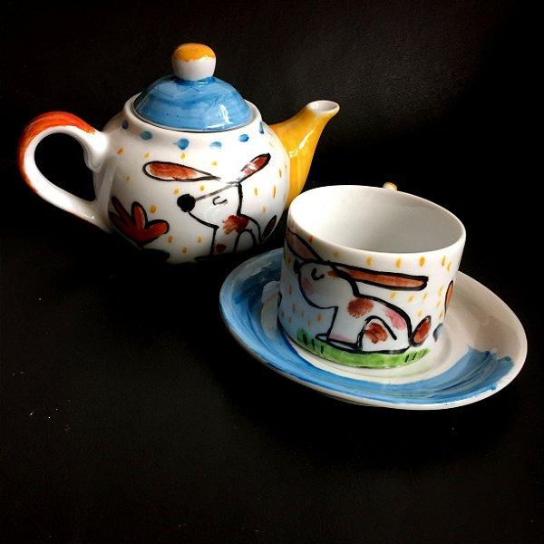 Hora do chá com bule Coelhinho