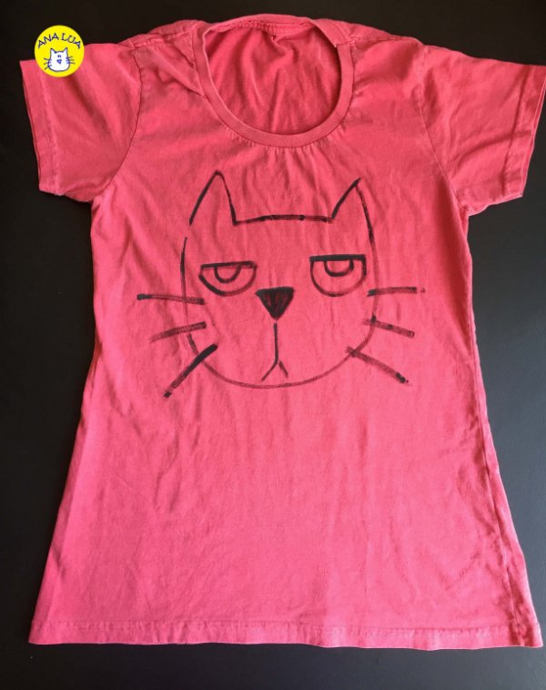 Blusa Gato emburrado- vemelho