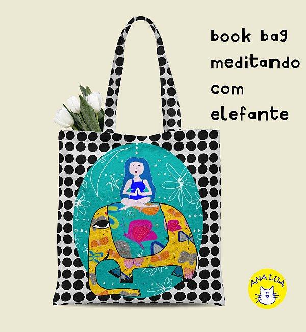 Book Bag Meditando com elefante