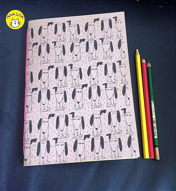 Caderno  Cachorrinhos desconfiados - folhas coloridas