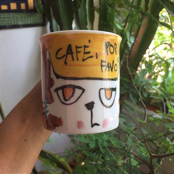 Caneca Café por favor - gato olhos alaranjas