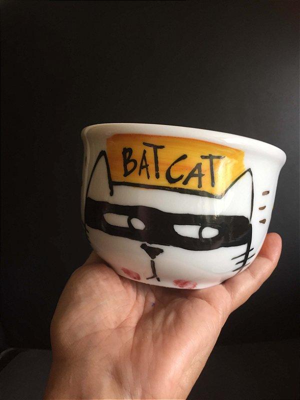 Bowl  Bat CAt