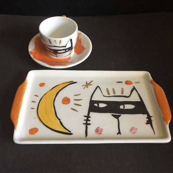 Conjuntinho xícara de café com pires e bandeja-  BAt CAt