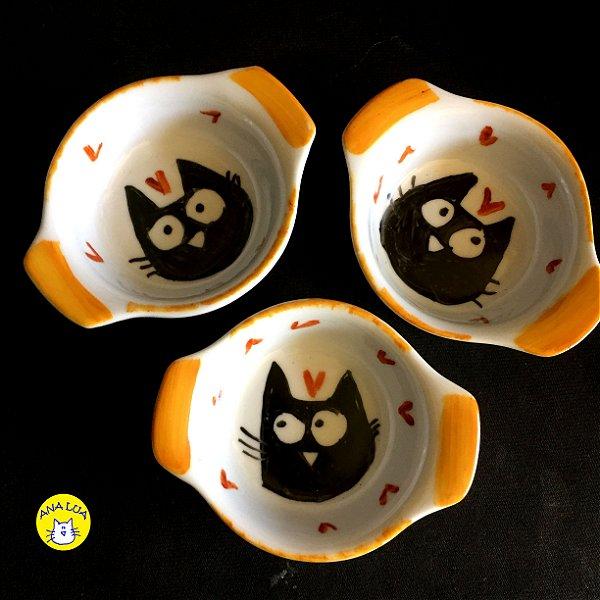 Conjuntinho de 3 mini travessas refratárias - Gatos Pretos