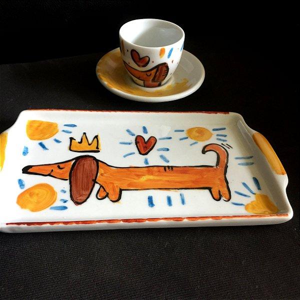 Conjuntinho xícara de café com pires e bandeja- Salsicha rei