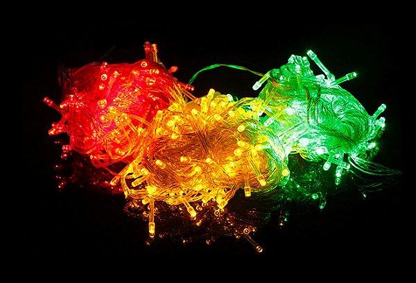 Pisca 100 LEDs 220v Vermelho Amarelo e Verde.