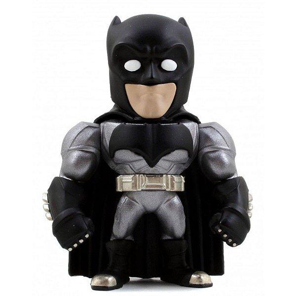 BONECO BATMAN - COLEÇÃO BATMAN VS SUPERMAN