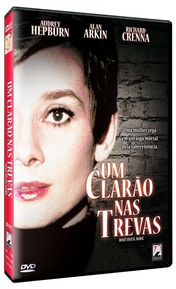 UM CLARÃO NAS TREVAS - ENTREGA PREVISTA PARA A PARTIR DE 15/01/2020 -  Colecione Clássicos