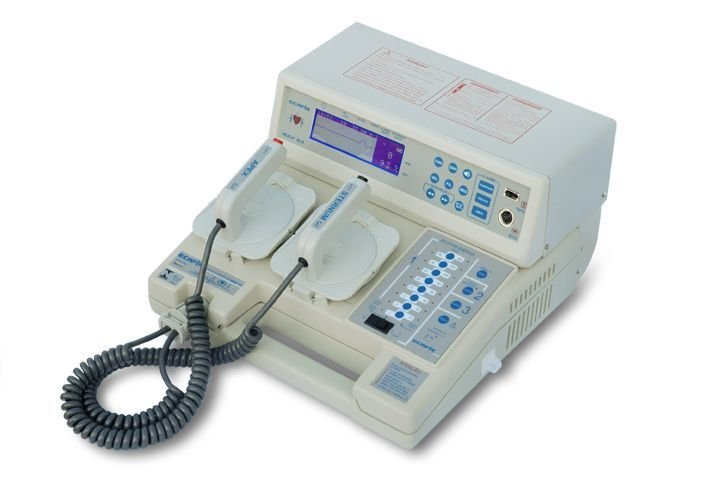 Cardioversor com Bateria MDF 03B