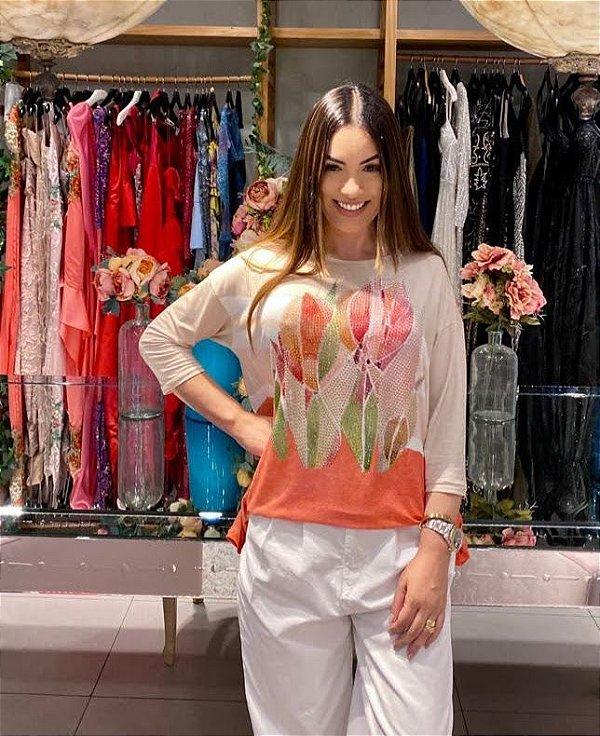 Anemess - Blusa ampla Flores com barrado laranja  /  TAMANHO ÚNICO - VESTE DO P AO GG  Ref: