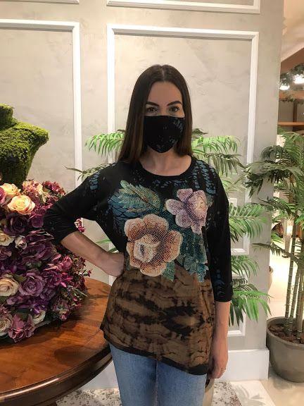 Anemess - Blusa ampla  TieDye  Mosaico Rosas  / acompanha máscara /  TAMANHO ÚNICO - VESTE DO P AO GG  Ref: 91069