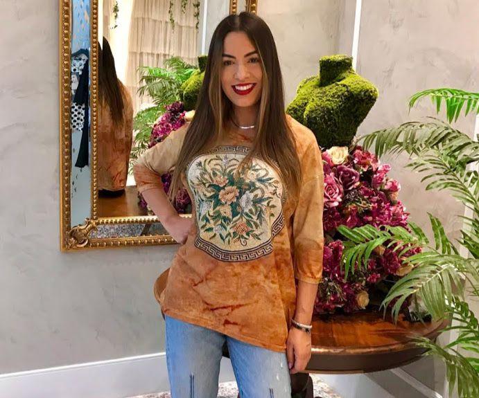 Anemess - Blusa ampla ferrugem Floral moldura grega   / acompanha máscara /  TAMANHO ÚNICO - VESTE DO P AO GG  Ref: