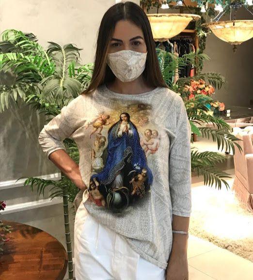 Anemess - Blusa ampla Nossa Senhora de Lourdes  / acompanha máscara /  TAMANHO ÚNICO - VESTE DO P AO GG  Ref: 91055