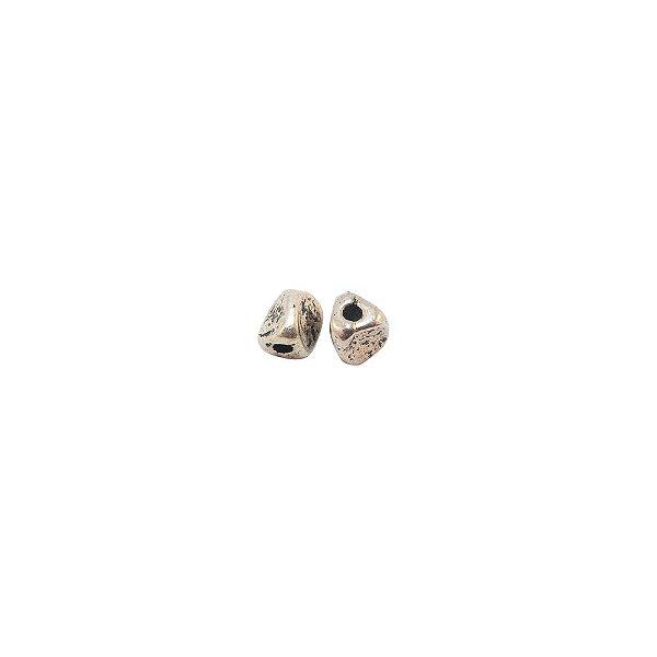 01-0839 - Pacote com 1/2 Kg de Entremeio Níquel Triângulo 4mm